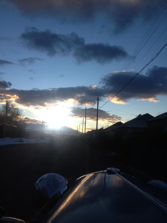 Die Sonne geht unter, Zeit eine Herberge zu suchen.