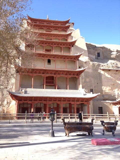 Private reiche Familien haben damals zum größten Teil diese Anlage mit 1400 Räumen hergerichtet für Budda.