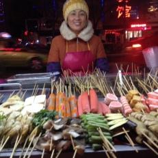 Auf dem Markt lecker Abendessen und ins Bett