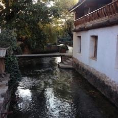 Das Naxi Dorf ist eine Reise dorthin wert.